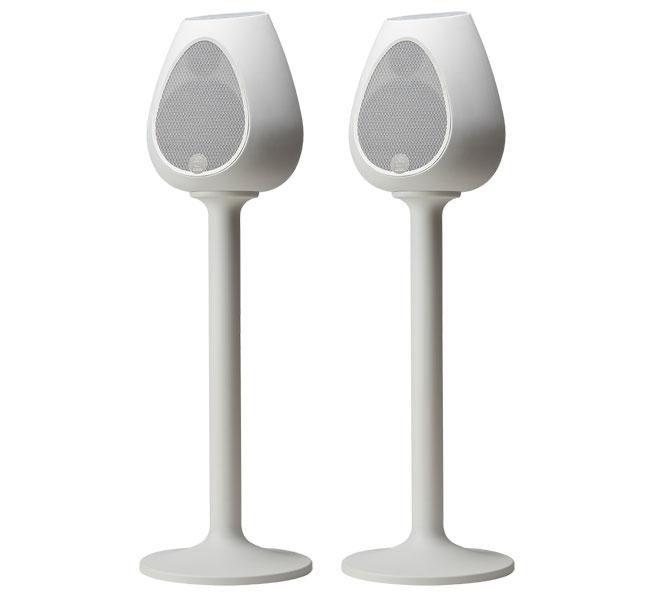 series-3-stand-pair